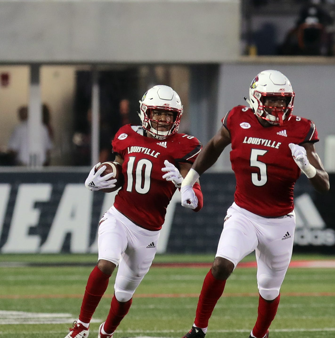Louisville football missing two starters for Friday's game at Syracuse