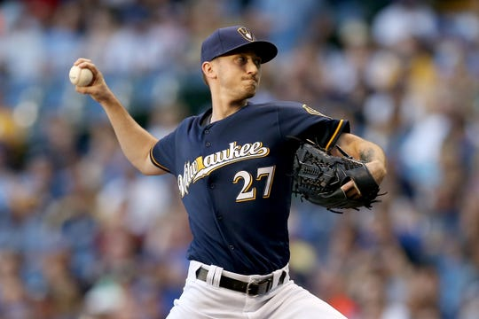 MILWAUKEE, WI - SEPTEMBER 15:  Zach Davies #27 of the Milwaukee Brewers pitches in the first inning against the Pittsburgh Pirates at Miller Park on September 15, 2018 in Milwaukee, Wisconsin. (Photo by Dylan Buell/Getty Images)