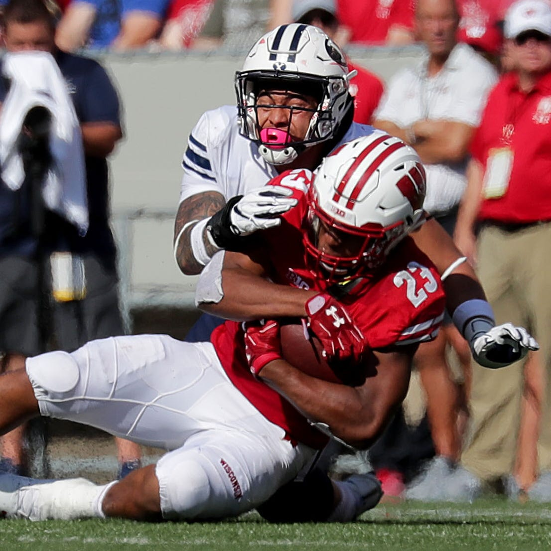 UW-BYU Replay: Awards, inside the huddle, by the numbers