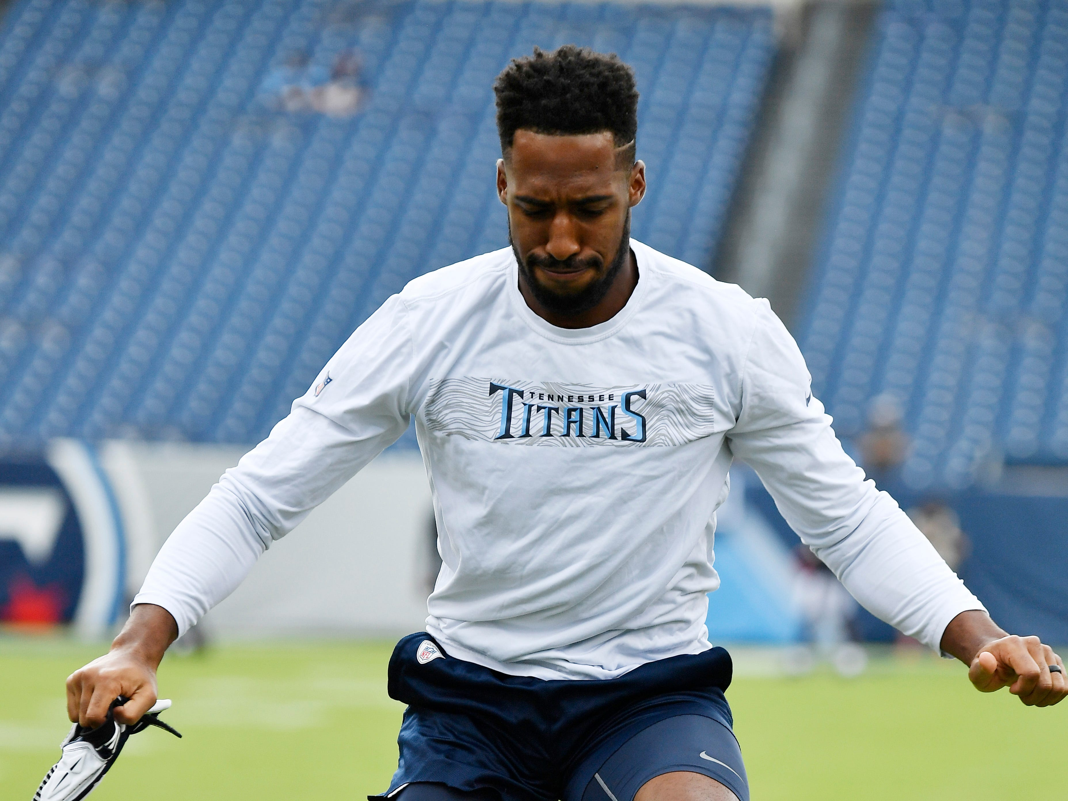 Titans cornerback Logan Ryan (26) warms up before the game against the Texans at Nissan Stadium Sunday, Sept. 16, 2018, in Nashville, Tenn.