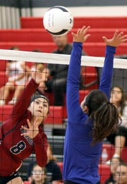 Lady 'Cat outside hitter Evelyn Ramirez (8) found the Socorro side of the floor nine times during Saturday's match victory.