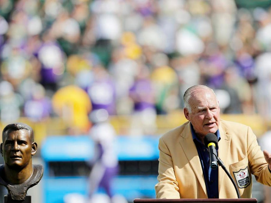 Former Packers player Jerry Kramer speaks during halftime at Lambeau Field on Sunday, September 16, 2018 in Green Bay, Wis.