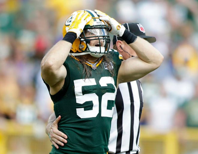 Green Bay Packers linebacker Clay Matthews (52) reacts after being flagged in the fourth quarter against the Minnesota Vikings at Lambeau Field on Sunday, September 16, 2018 in Green Bay, Wis.