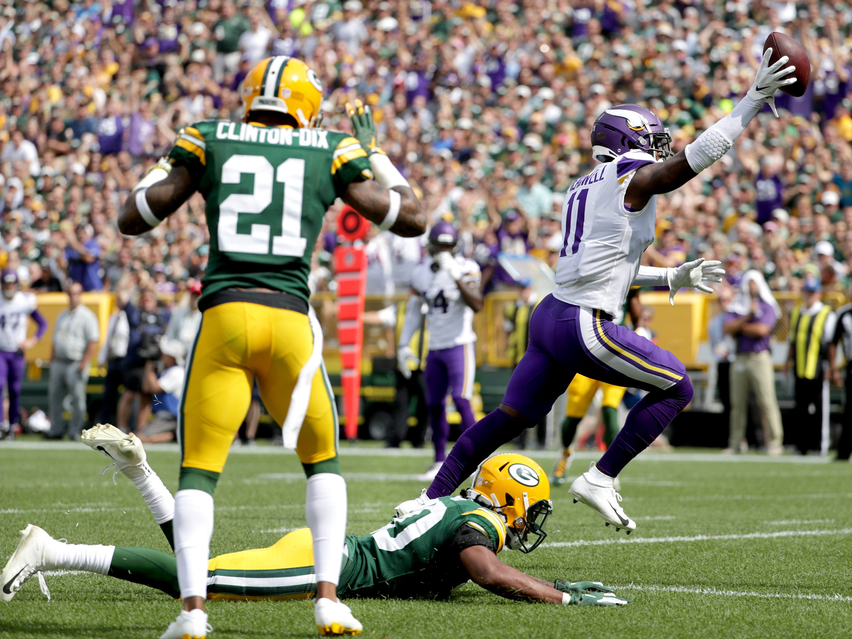Minnesota Vikings' Laquon Treadwell cross the goal line in the first quarter against the Green Bay Packers during their football game on Sunday, September 16, 2018, at Lambeau Field in Green Bay, Wis.