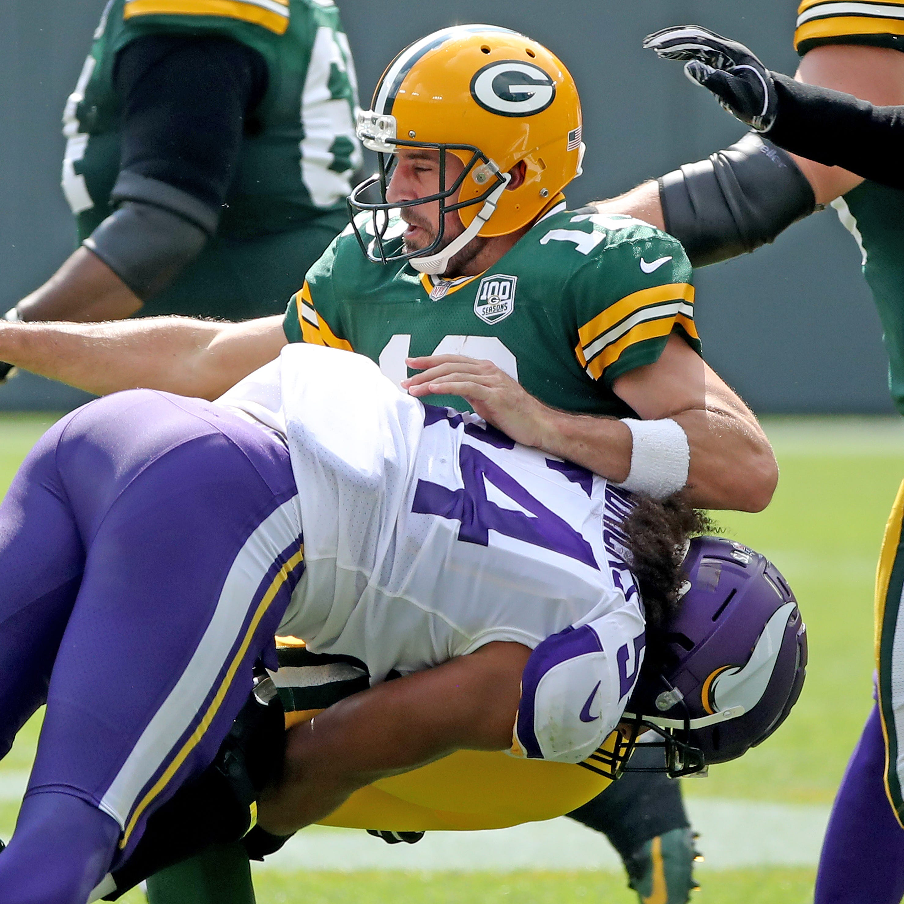 Quick takes: Packers benefit from Vikings' miscues, escape with 29-29 tie