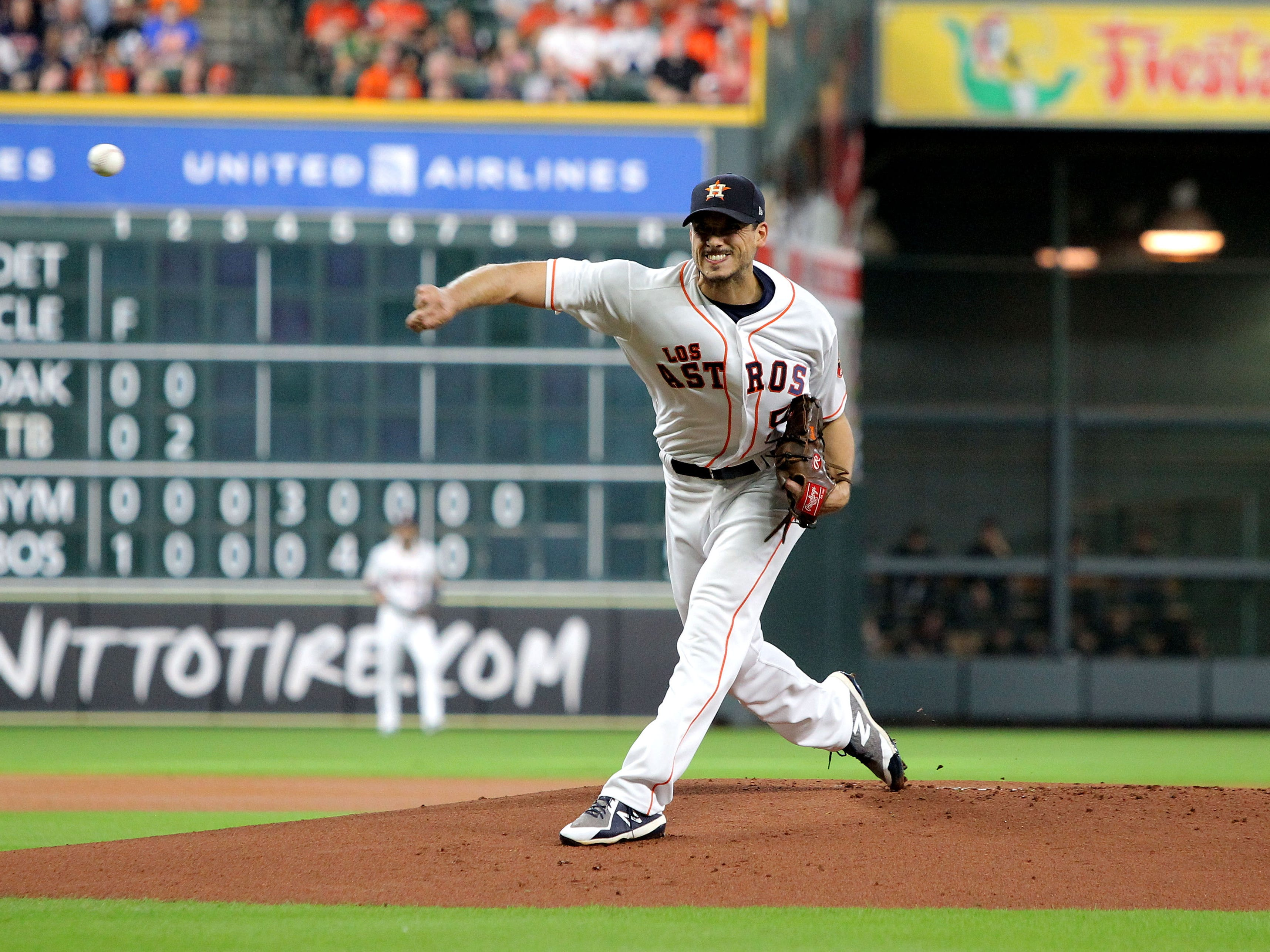 Sep 15, 2018; Houston, TX, USA; Houston Astros starting pitcher Charlie Morton (50) against the Arizona Diamondbacks during the first inning at Minute Maid Park. Mandatory Credit: Erik Williams-USA TODAY Sports