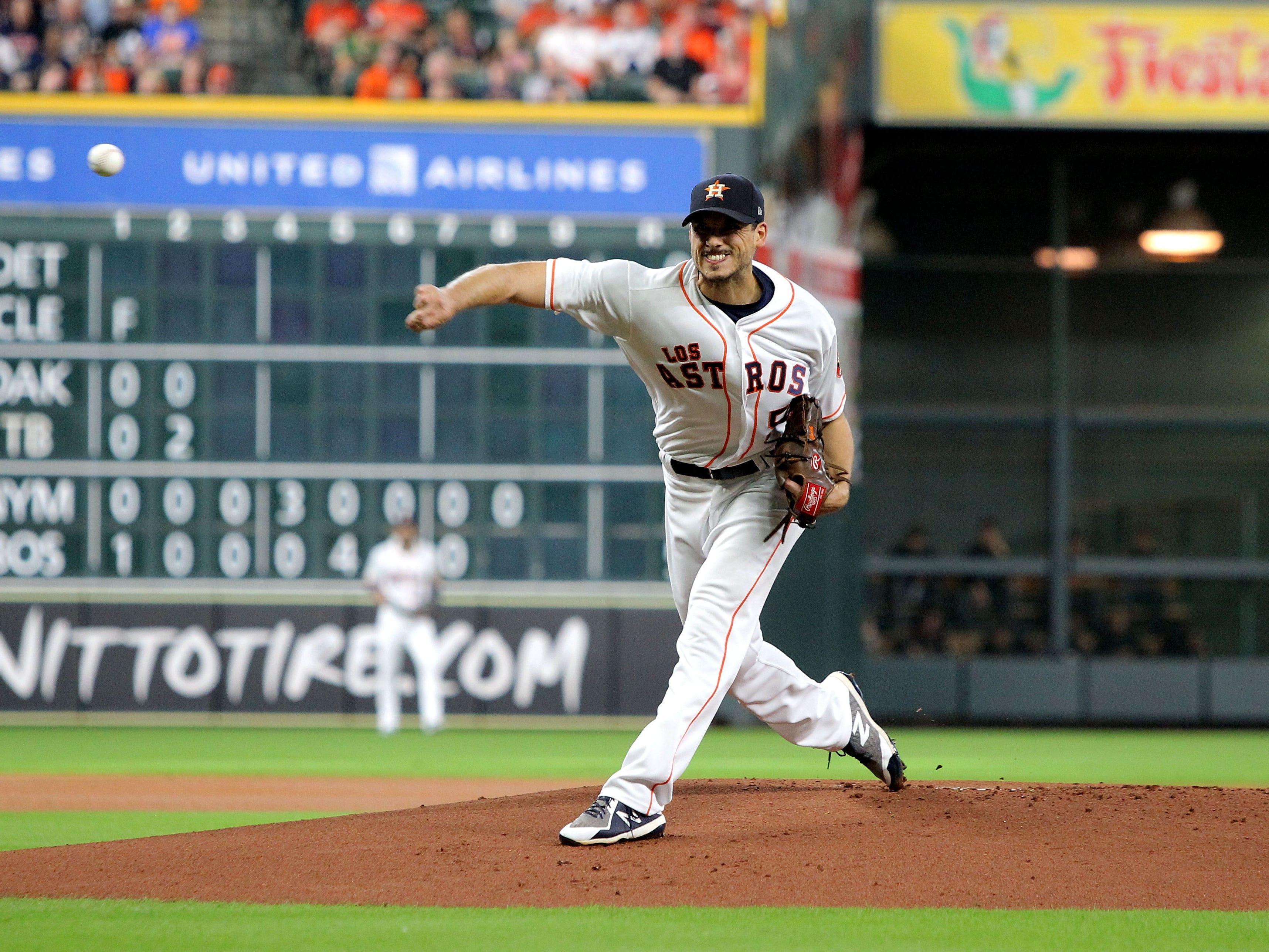 Sep 15, 2018; Houston, TX, USA; Houston Astros starting pitcher Charlie Morton (50) against the Arizona Diamondbacks during the first inning at Minute Maid Park. Mandatory Credit: Erik Williams-USA TODAY Sports
