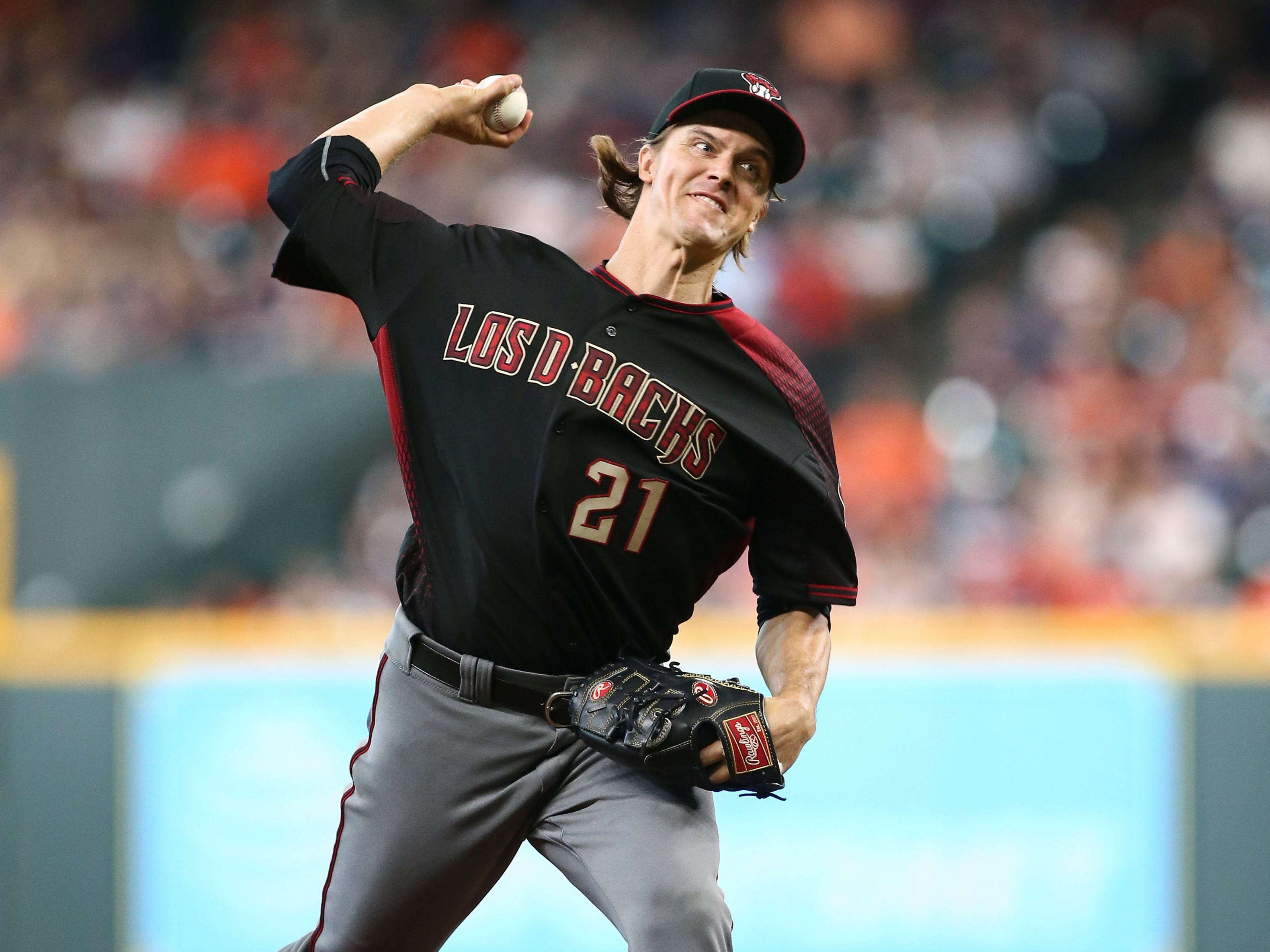 Sep 16, 2018; Houston, TX, USA; Arizona Diamondbacks starting pitcher Zack Greinke (21) delivers a pitch during the fourth inning against the Houston Astros at Minute Maid Park. Mandatory Credit: Troy Taormina-USA TODAY Sports