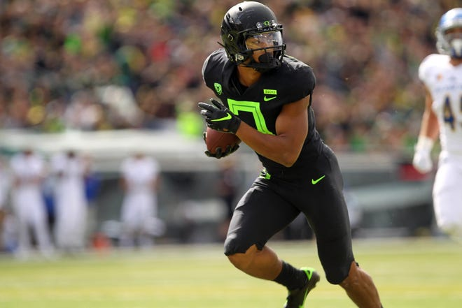 Sep 15, 2018; Eugene, OR, USA;  Oregon Ducks wide receiver Johnny Johnson III (3) runs towards the end zone for a touchdown against the San Jose State Spartans in the first half at Autzen Stadium. Mandatory Credit: Jaime Valdez-USA TODAY Sports
