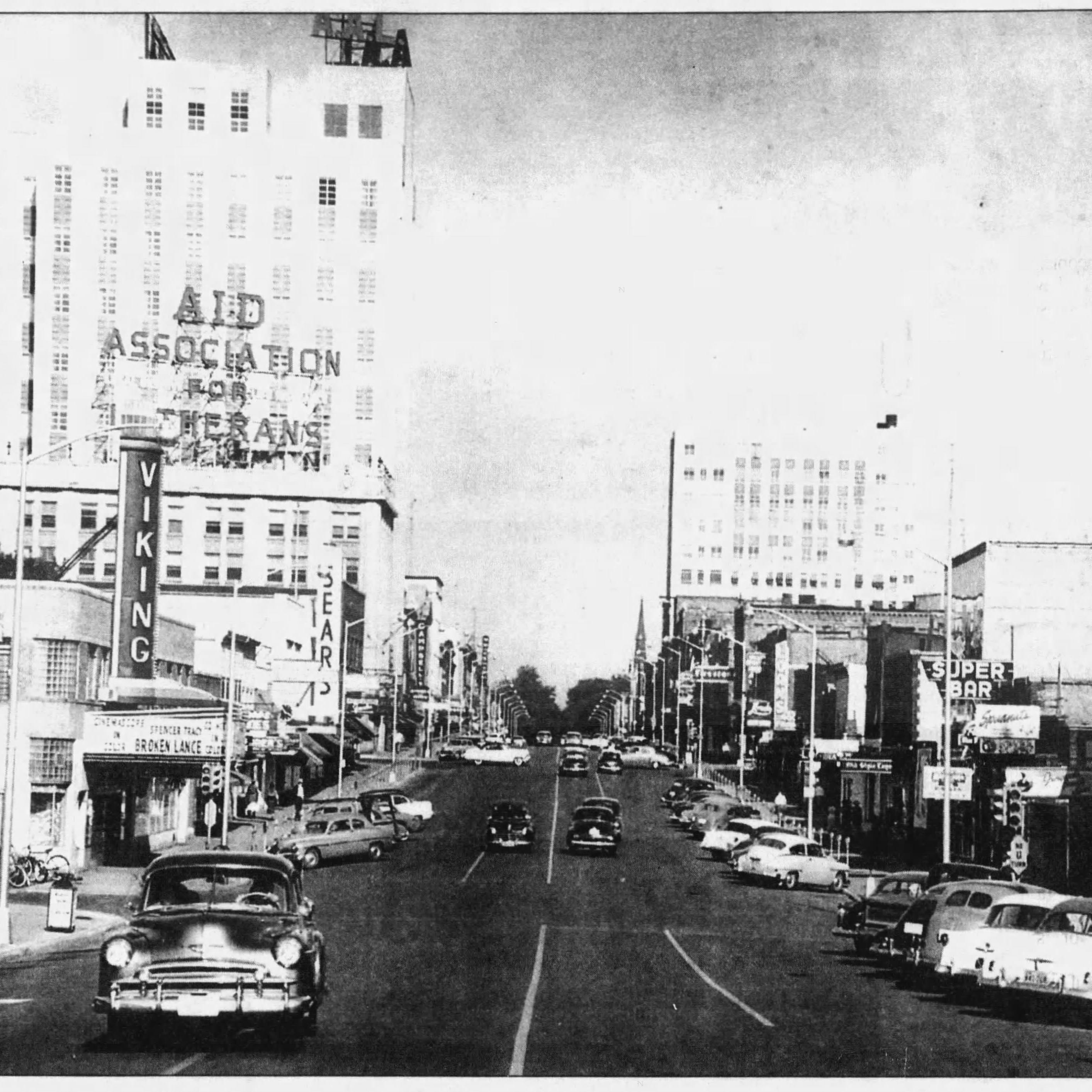 A look at College Avenue in the 1950s. The Viking Theater is on the left. Spudnut Coffee Shop is on the right.