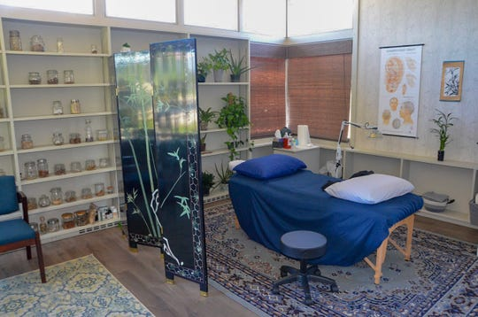 Alternative Roots Health, Acupuncture & Herbal Medicine opened in Battle Creek in January 2018.