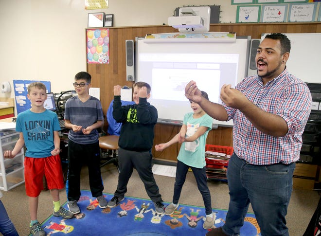 Mike Anderson teaches fourth-grade Spanish immersion at Burley Glenwood Elementary in the South Kitsap School District.