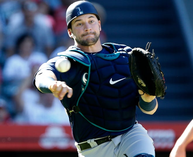 The Mariners' Mike Zunino has a reputation as a great defensive catcher, but his struggles at the plate are growing tiresome.