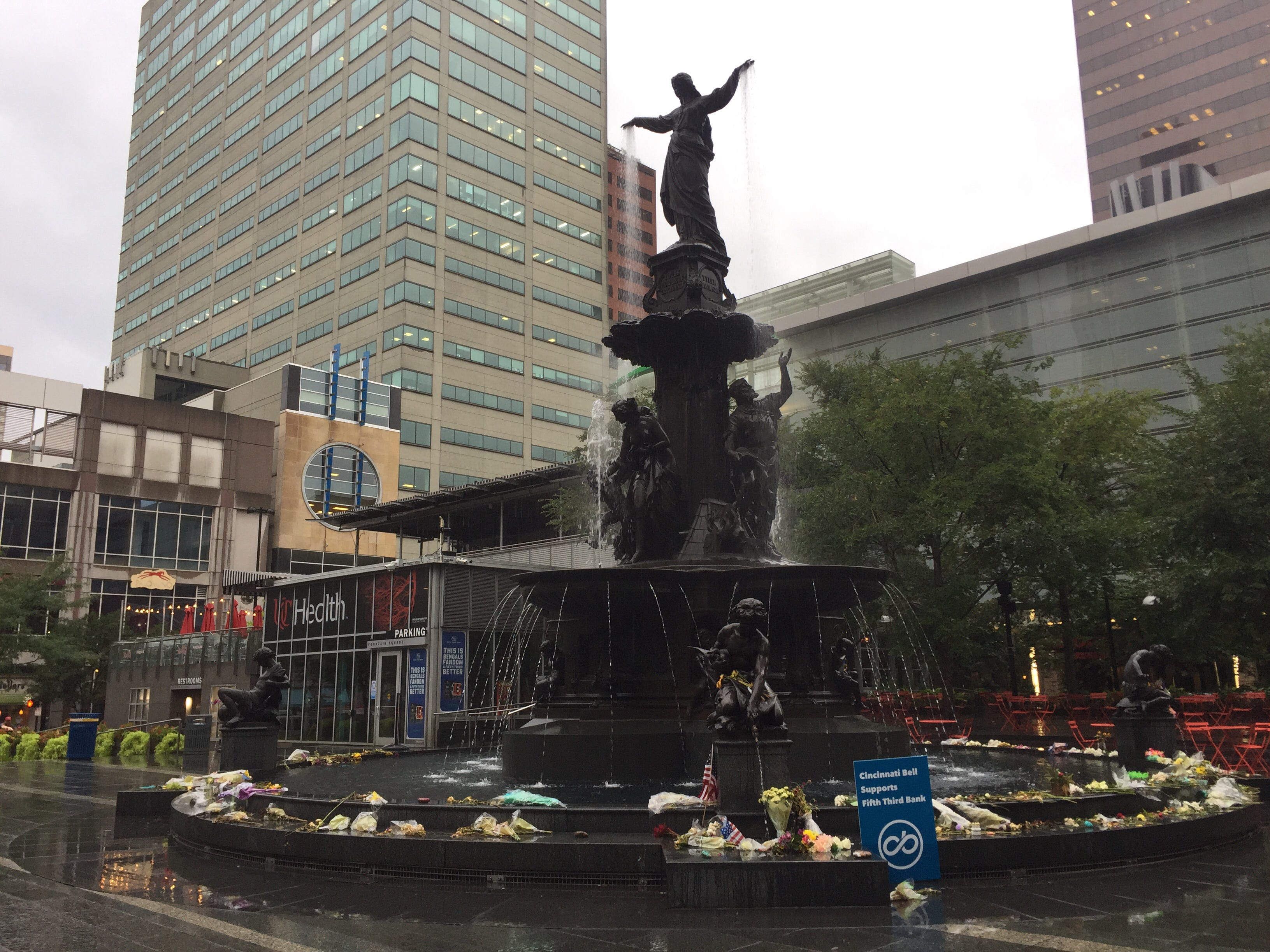 A memorial is still in place at the Tyler Davidson Fountain at Fountain Square on Monday, Sept. 17.