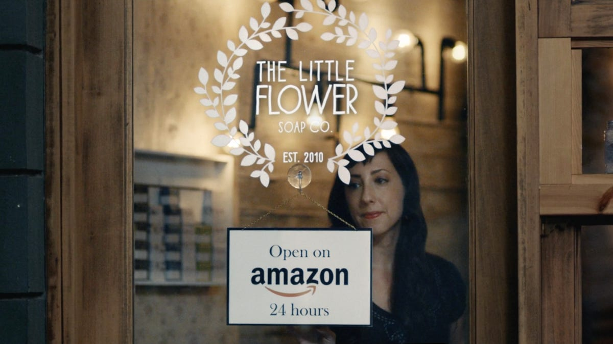 Chelsea S Little Flower Soap In Tv Ad For Amazon Storefronts