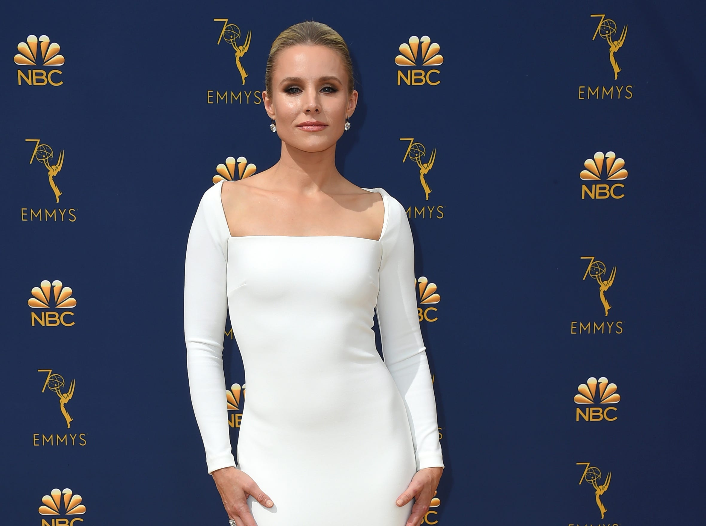 Kristen Bell arrives at the 70th Primetime Emmy Awards on Monday, Sept. 17, 2018, at the Microsoft Theater in Los Angeles.