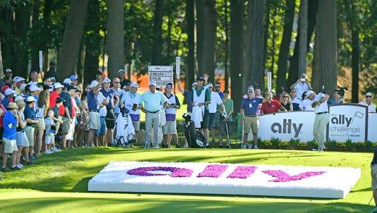 091618 Dy Golf Ally0803