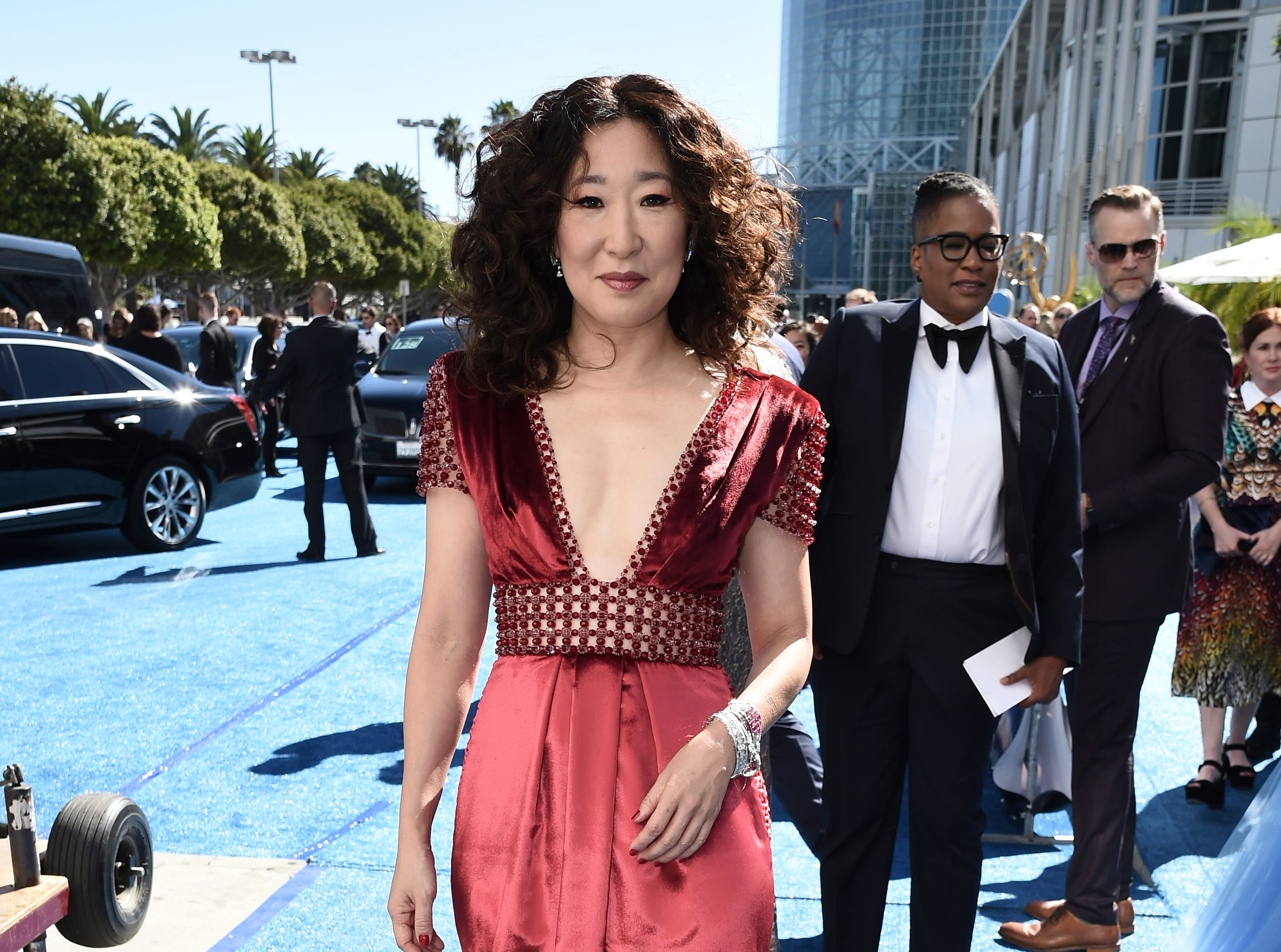 Sandra Oh arrives at the 70th Primetime Emmy Awards on Monday, Sept. 17, 2018, at the Microsoft Theater in Los Angeles.
