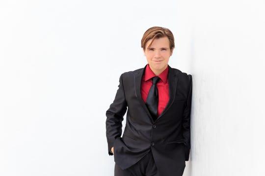 Singer Paul Todd Jr.