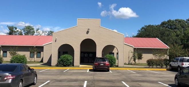 The Jeff Davis Parish Sheriff's Office has moved into a new, larger location on Hwy. 90.
