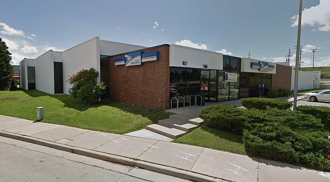 Wauwatosa Post Office