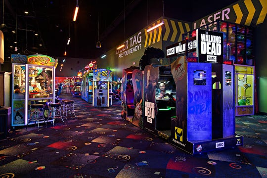 Stars and Strikes will open Sept. 22 with laser tag, bowling, arcade games and bumper cars.