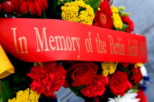 A wreath is displayed during the 70th Anniversary of the Berlin Airlift wreath laying ceremony at the Air Force Memorial, Arlington, Virginia, Sept. 16, 2018. The event was hosted the German Embassy, Air Force Association and the Berlin Airlift Veterans Association.
