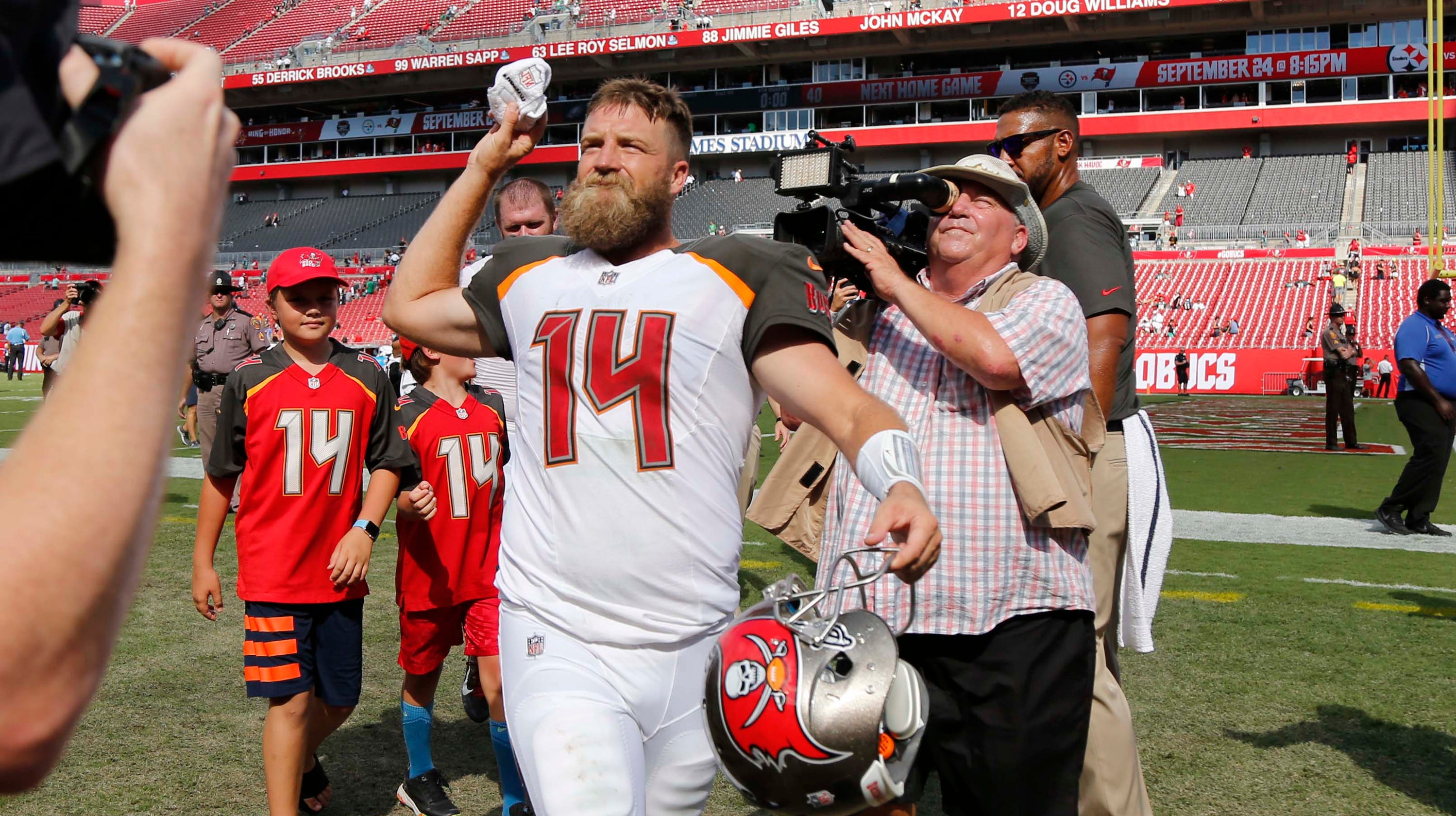 new concept 362fd 39f14 Ryan Fitzpatrick is making everyone a believer in the FitzMagic