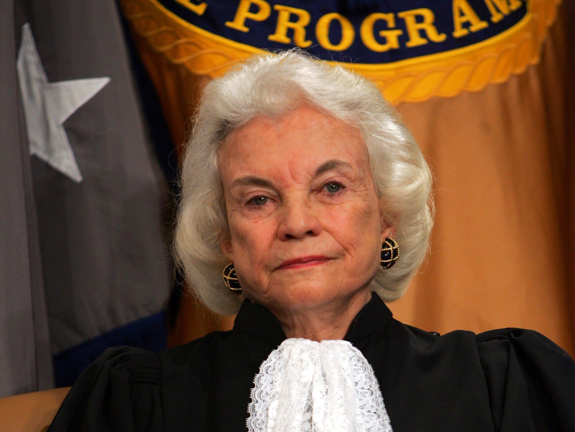 Supreme Court Justice Sandra Day O'Connor at the Justice Department in Washington, Feb. 14, 2005, for the swearing in ceremony of United States Attorney General Alberto Gonzales.