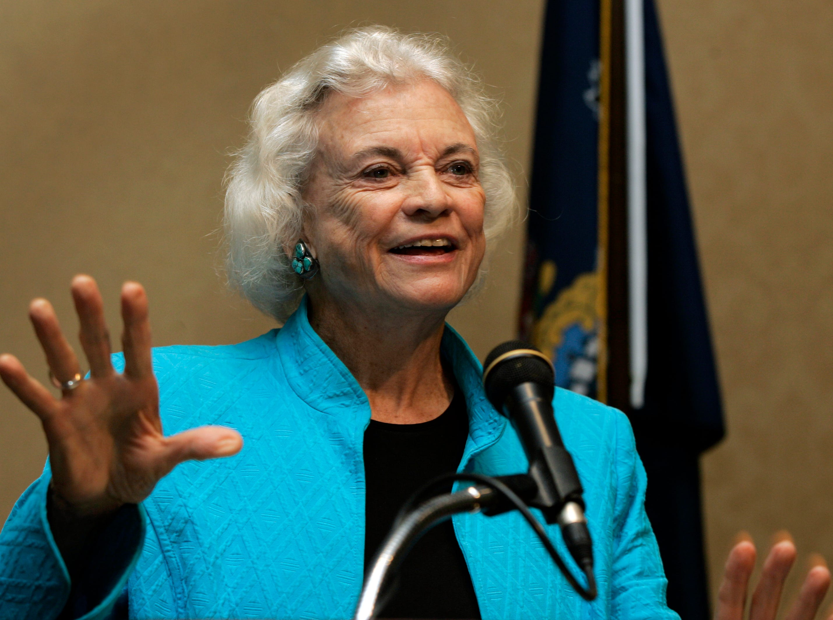 Retired U.S. Supreme Court Justice Sandra Day O'Connor addresses a meeting of Pennsylvania judges and lawyers in Harrisburg, Pa., Wednesday, Sept., 19, 2007.
