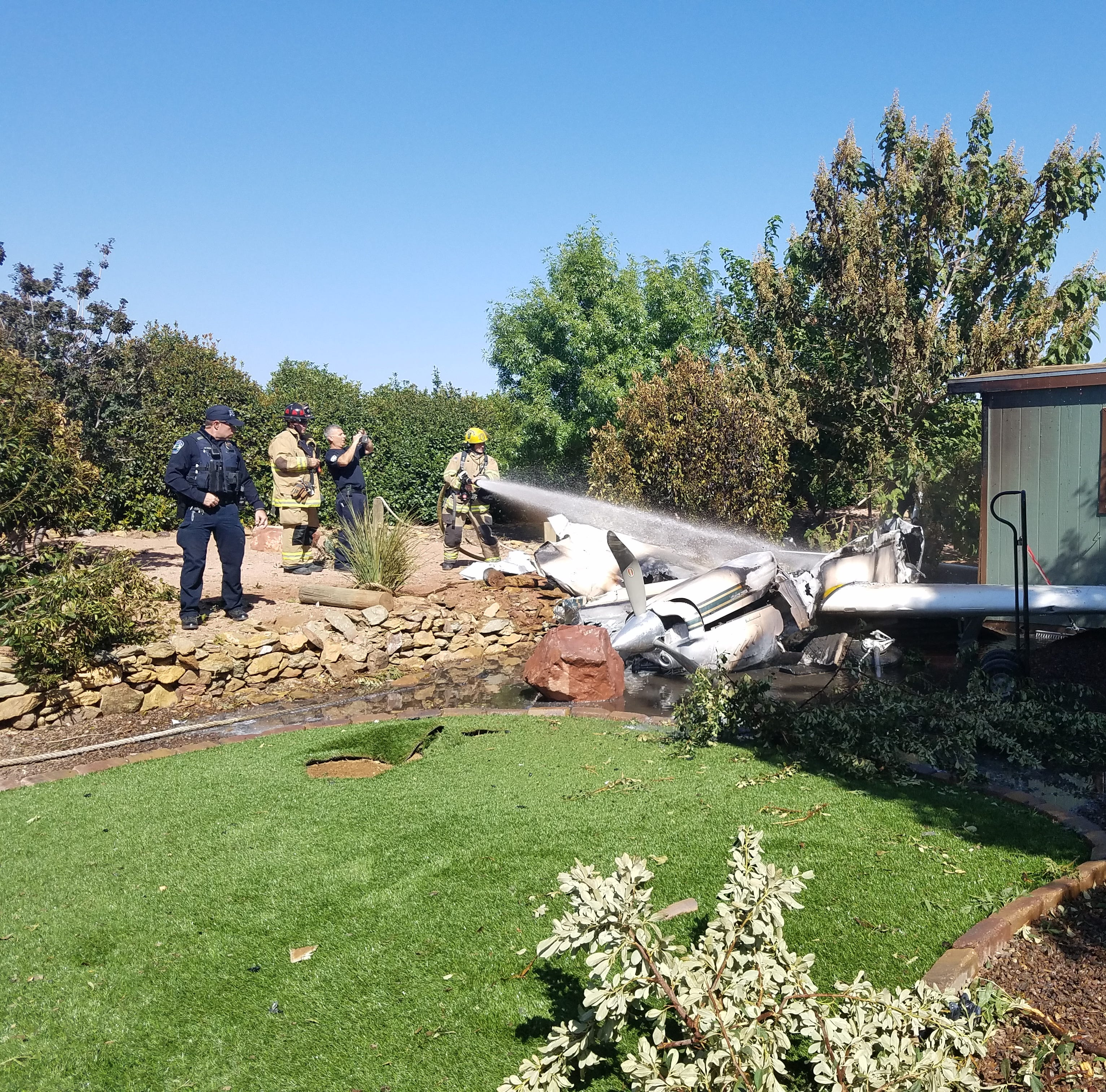 70-year-old pilot burned after small plane crashes into Cottonwood home