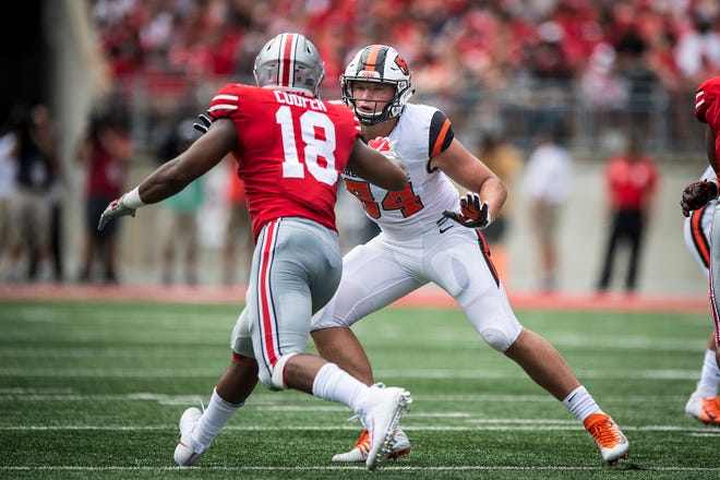 Oregon State tight end Teagan Quitoriano (No. 84) in the season opener at Ohio State.