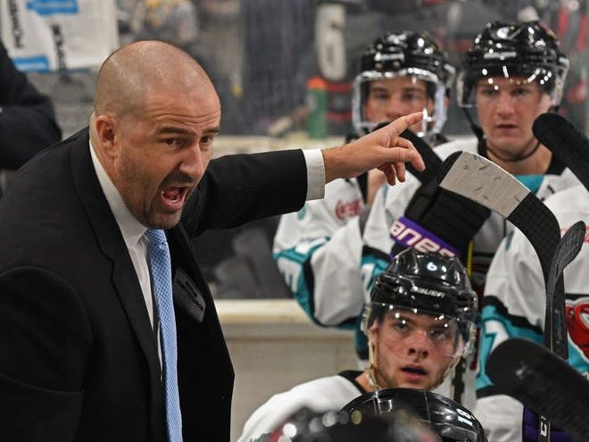 Shreveport Mudbugs head coach Jason Campbell took his team to task Monday morning on George's Pond at Hirsch Coliseum.