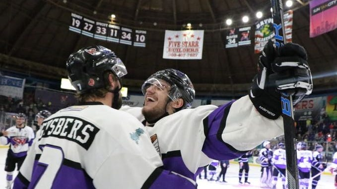 Jay Feiwell (right) was named captain of the Shreveport Mudbugs for the 2018-19 season.
