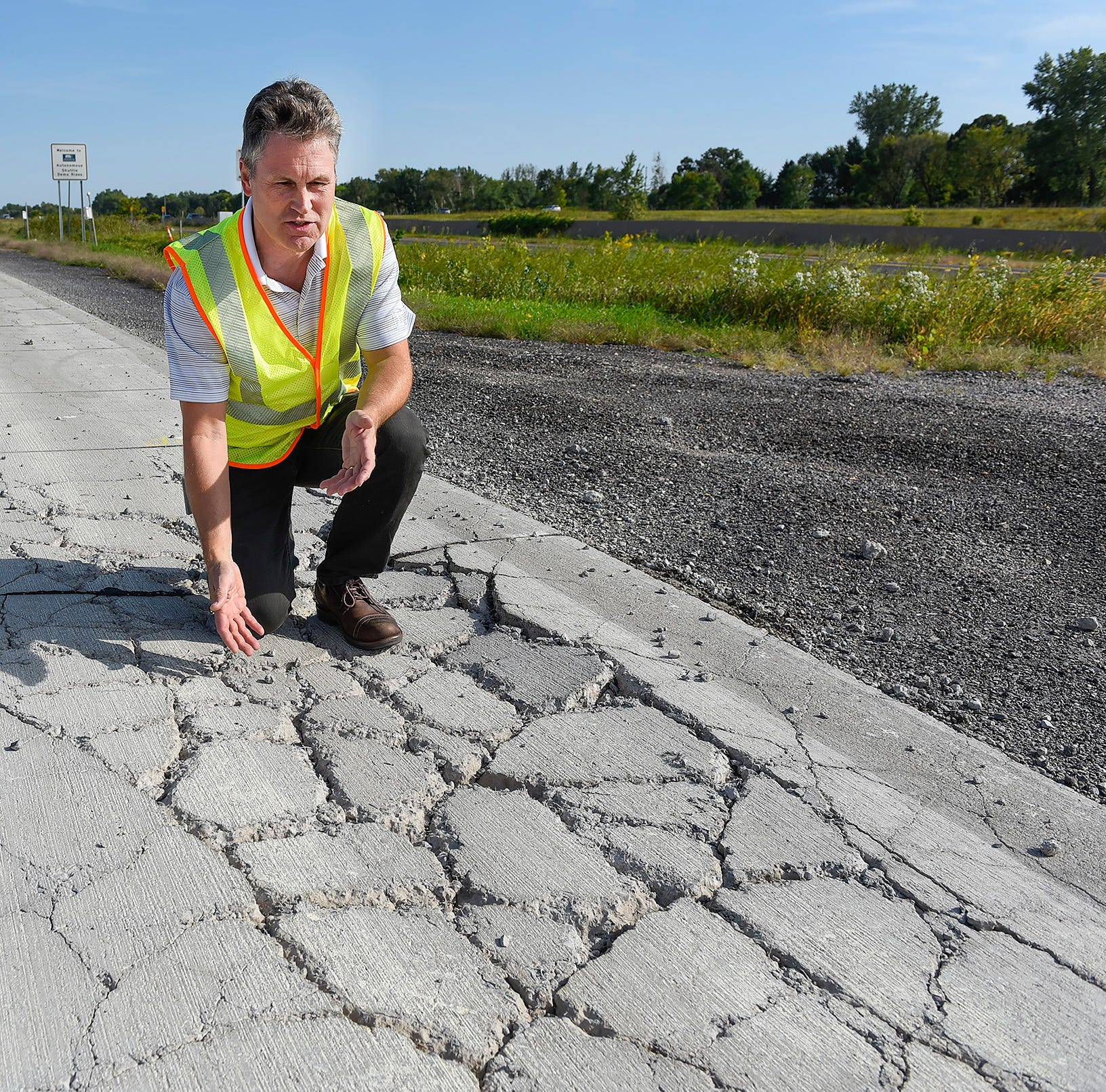 What are those extra lanes on I-94 for? MnDOT is using them to build better roads