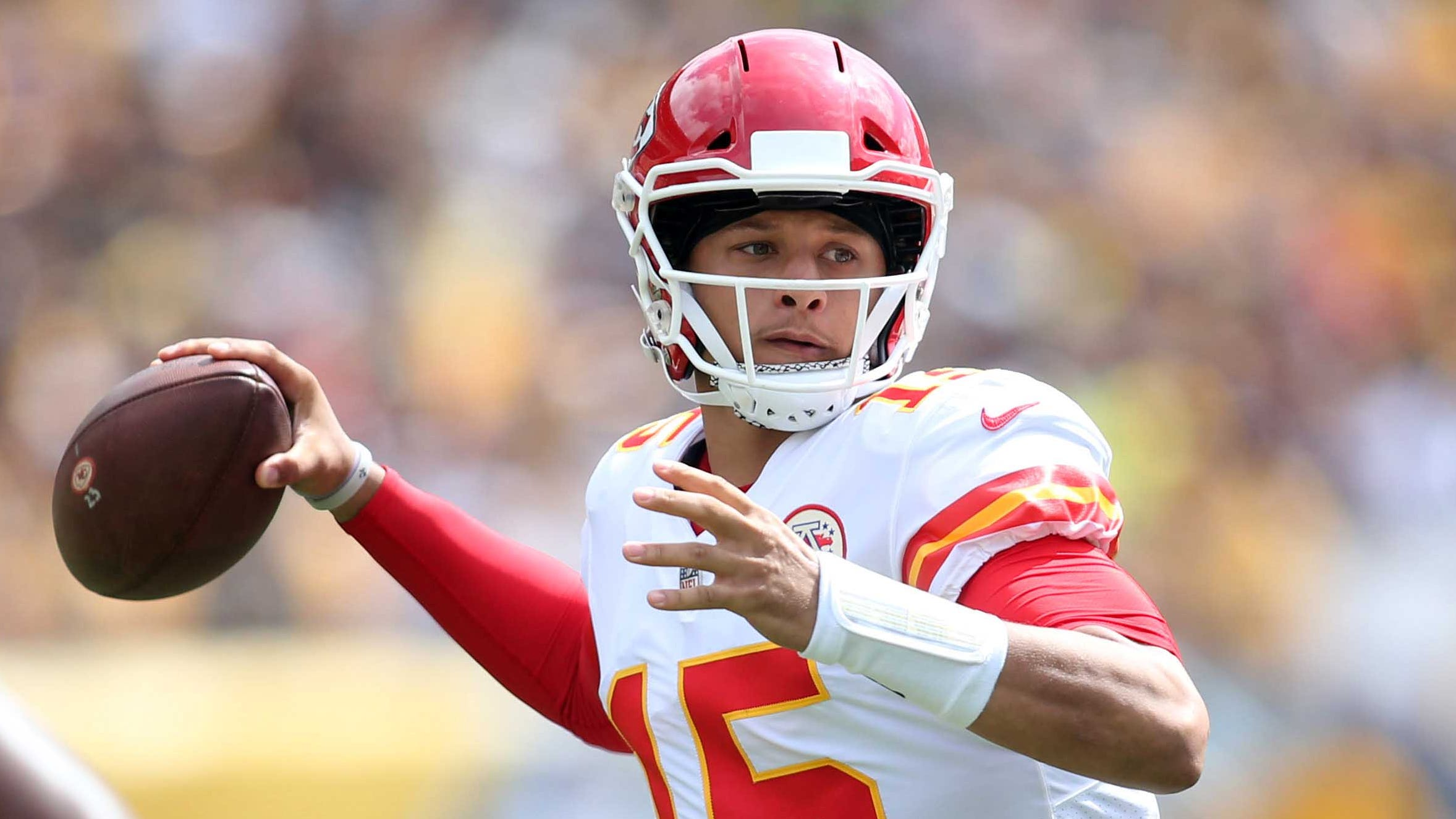 Fantasy Football Chiefs Qb Patrick Mahomes Steals The Show In Week 2