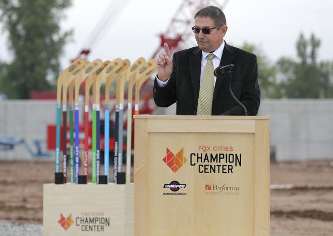 Grand Chute Town Chairman Dave Schowalter speeks to attendees during a groundbreaking ceremony for the Fox Cities Champion Center Tuesday, Sept. 18, 2018, in Grand Chute, Wis.  Dan Powers/USA TODAY NETWORK-Wisconsin