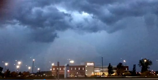 A line of severe thunderstorms moved through the Green Bay and Fox Cities areas Monday night leaving behind flooding issues, power outages and tree damage. The storms hit the area just after 7 p.m.