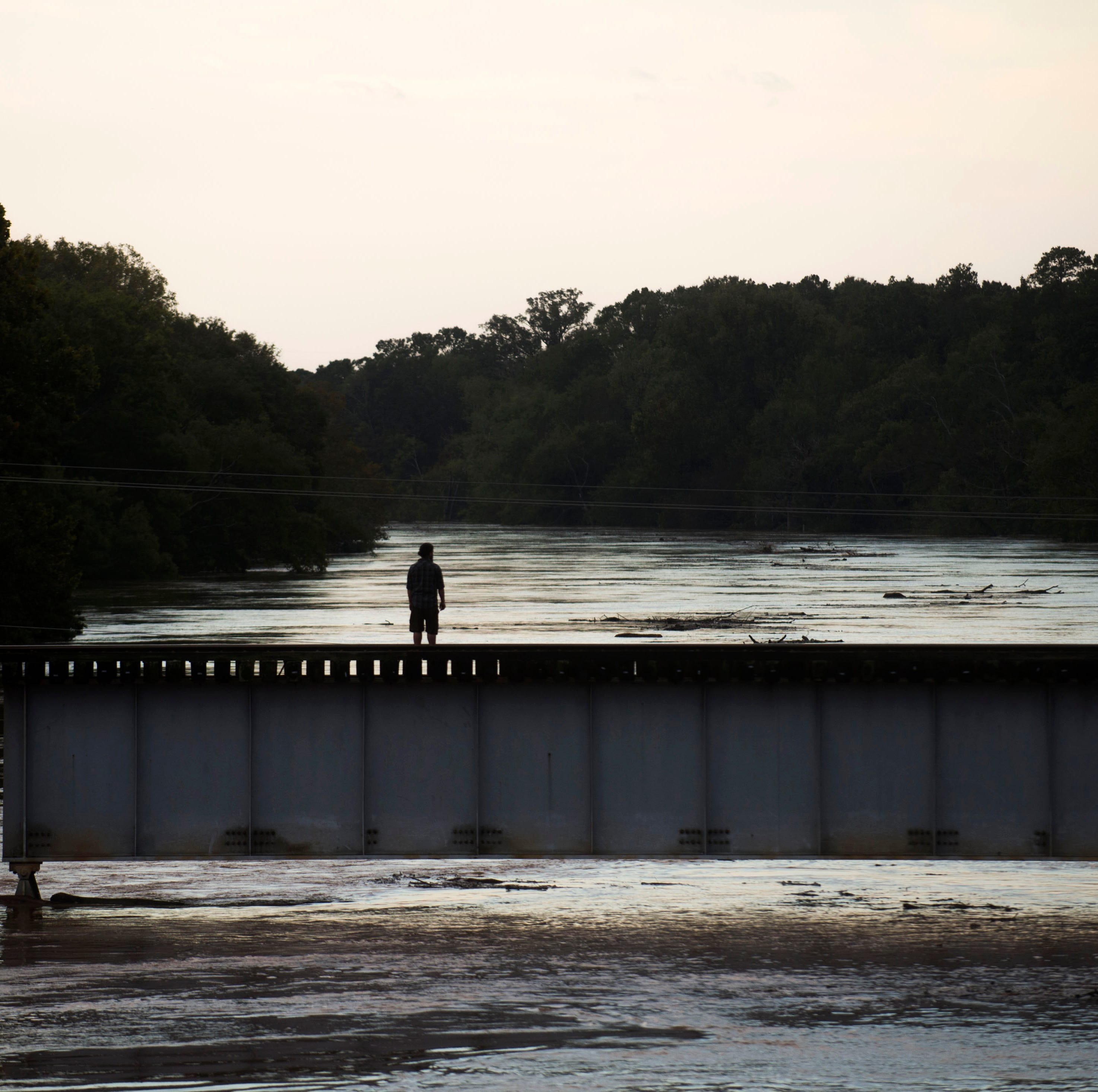 Cape Fear River hits major flood stage near Fayetteville, NC as Florence's impact lingers