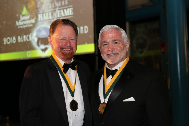 2018 Laureates McIntyhre and Barfield
