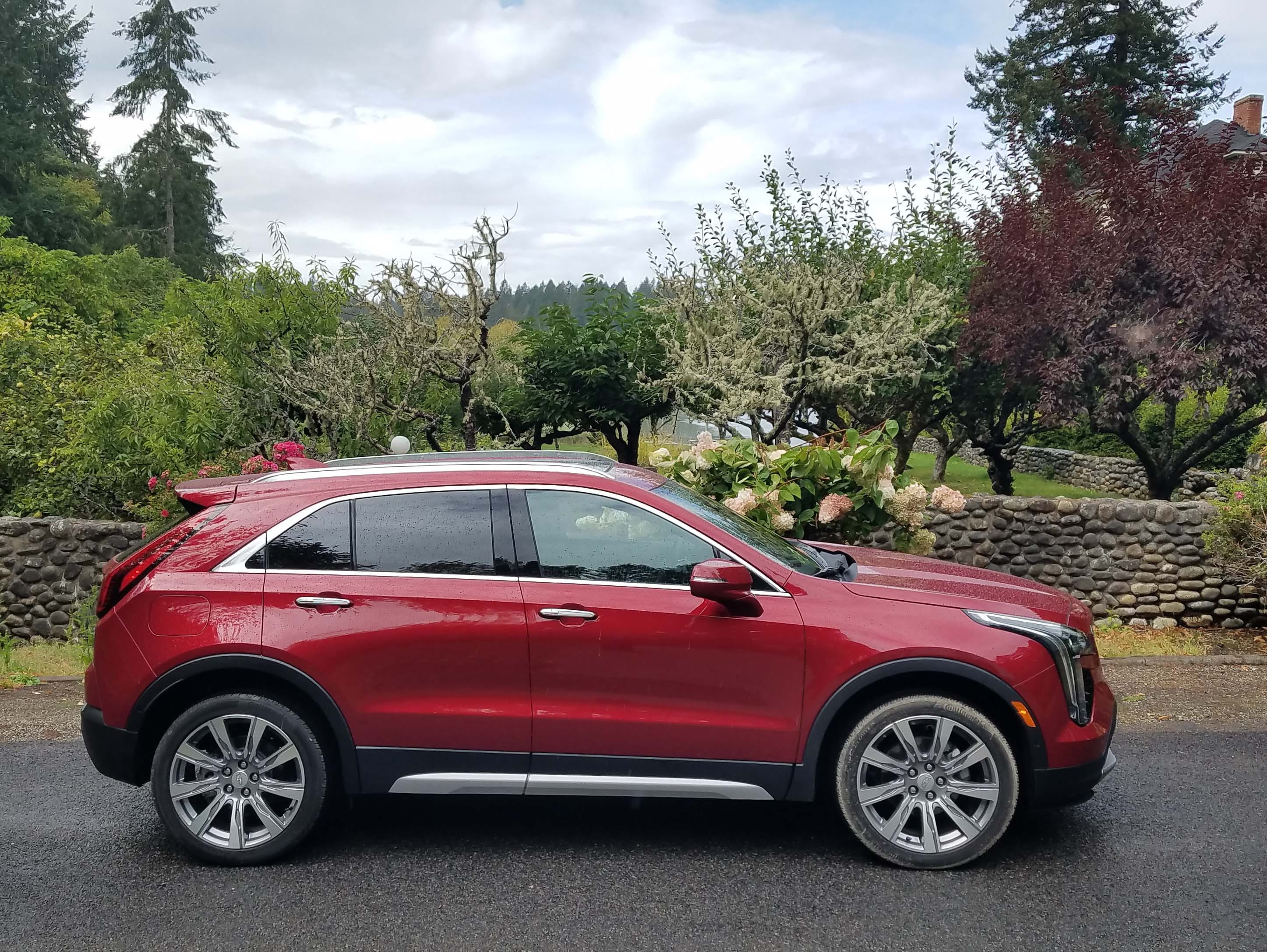 With its sculpted edges, narrow greenhouse and big, 20-inch wheels, the 2019 Cadillac XT4 looks like it rolled right off the page of a designer's drawing.