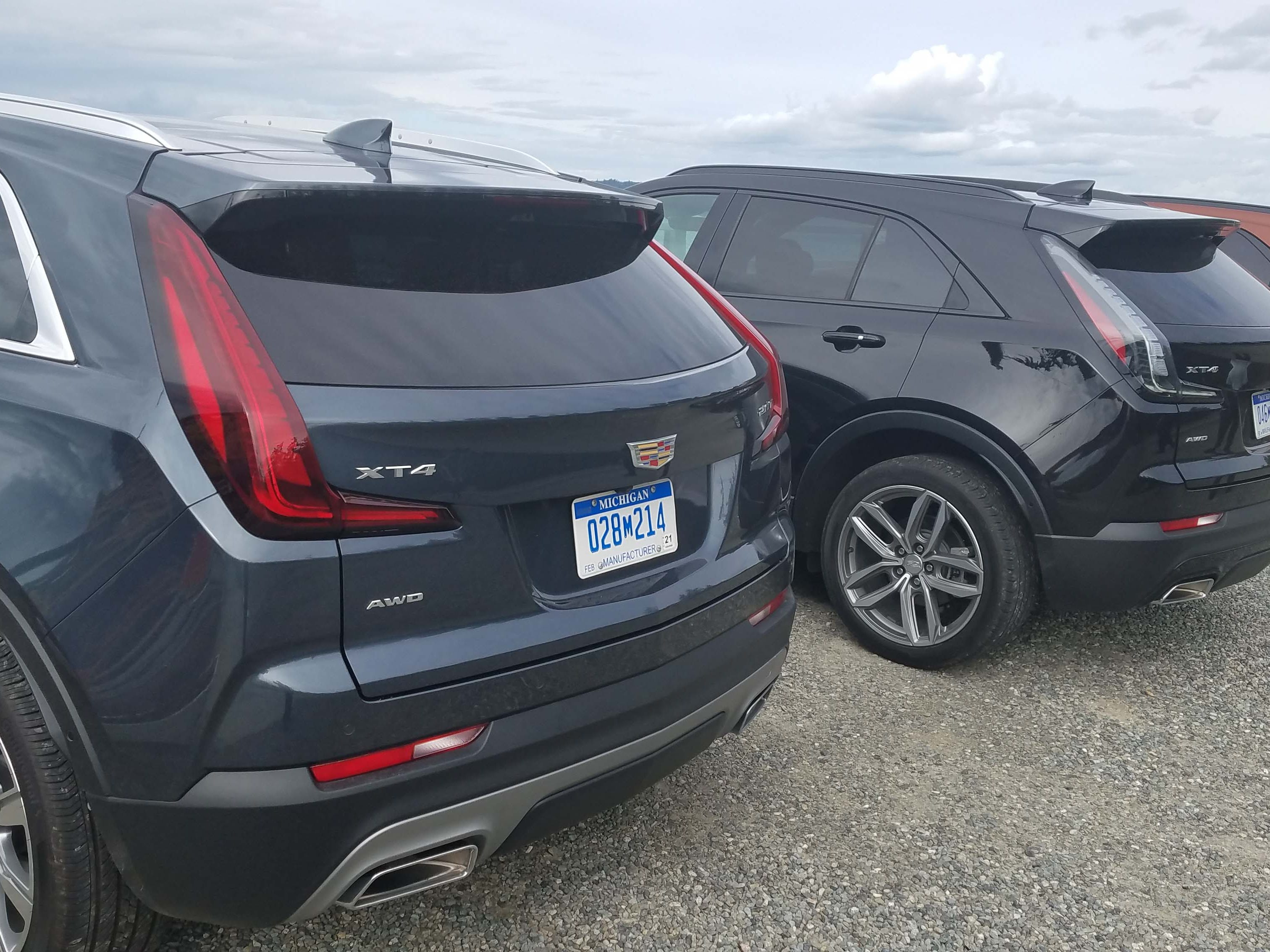 The 2019 Cadillac XT4 features two distinct trims: Premium Luxury and Sport. The latter is distinguished by its white LED rear tailights and black grille.