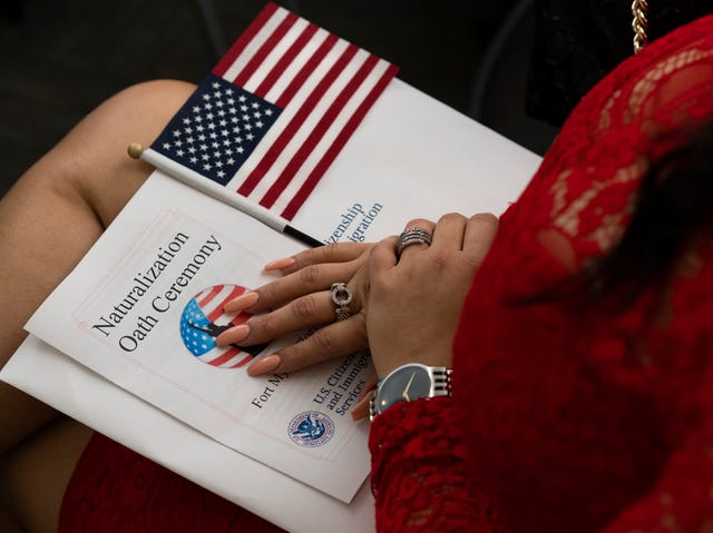 Refugees celebrate rite of citizenship in Fort Myers