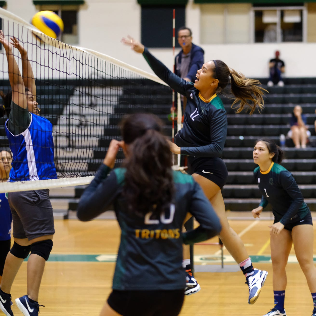 Sports Shorts: Tritons earn win over Tridents