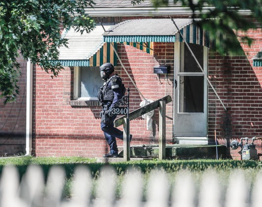 Kidnapping And Standoff Takes Place Near Keysone And 33rd St In Indianapolis