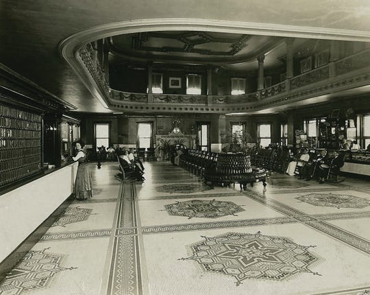 The lobby of the French Lick Springs Hotel in the early 1900s.