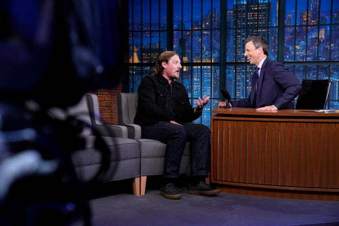 LATE NIGHT WITH SETH MEYERS -- Episode 0733 -- Pictured: (l-r) Musician Sturgill Simpson during an interview with host Seth Meyers on September 17, 2018 -- (Photo by: Lloyd Bishop/NBC)