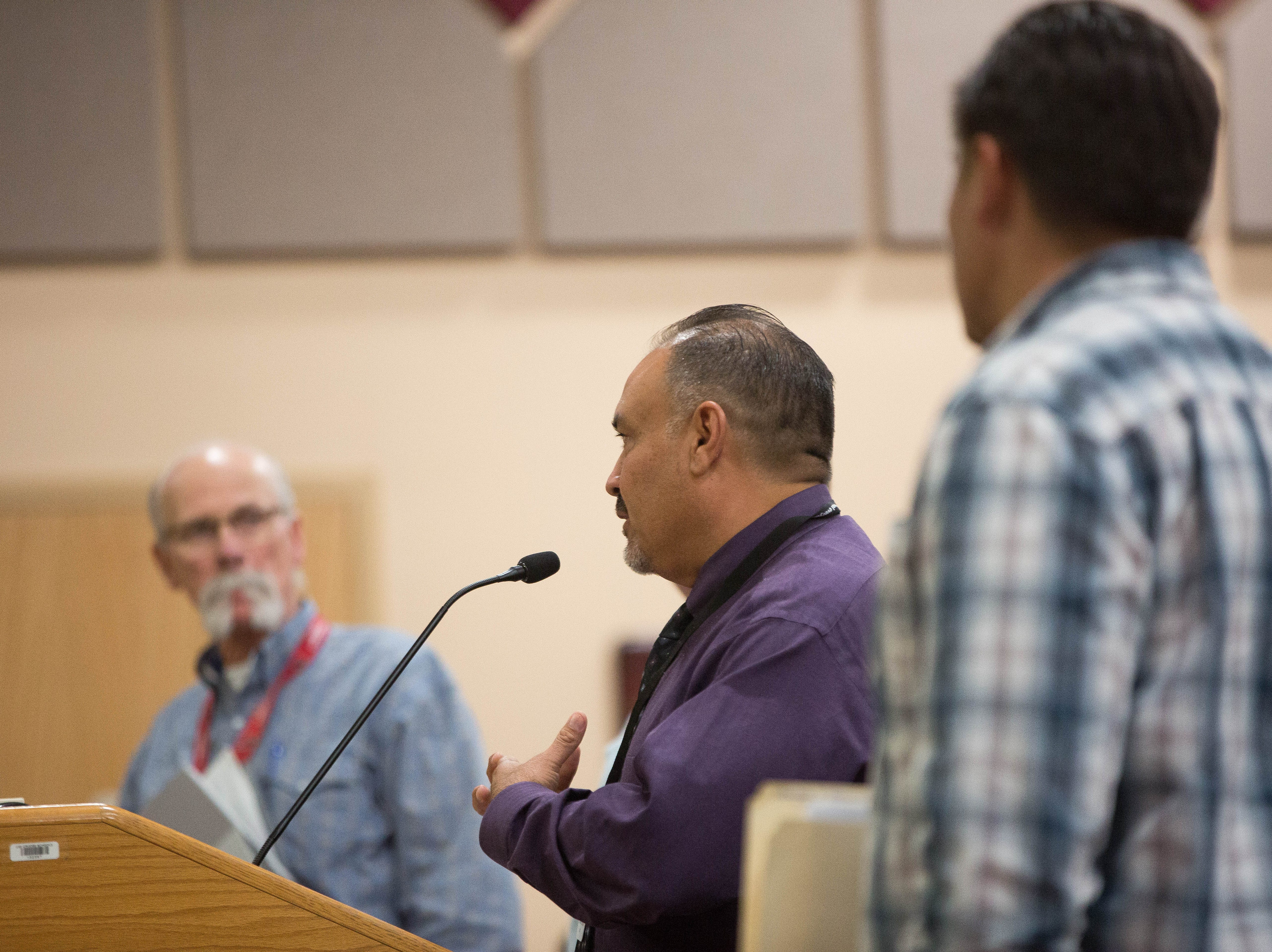 Ray Vigil, with Vigil and Associates an architecture firm based in Albuquerque, consulting the Las Cruces School Board about the mold and what needs to be done to fix the problem at Columbia Elementary School. Tuesday September 18, 2018.