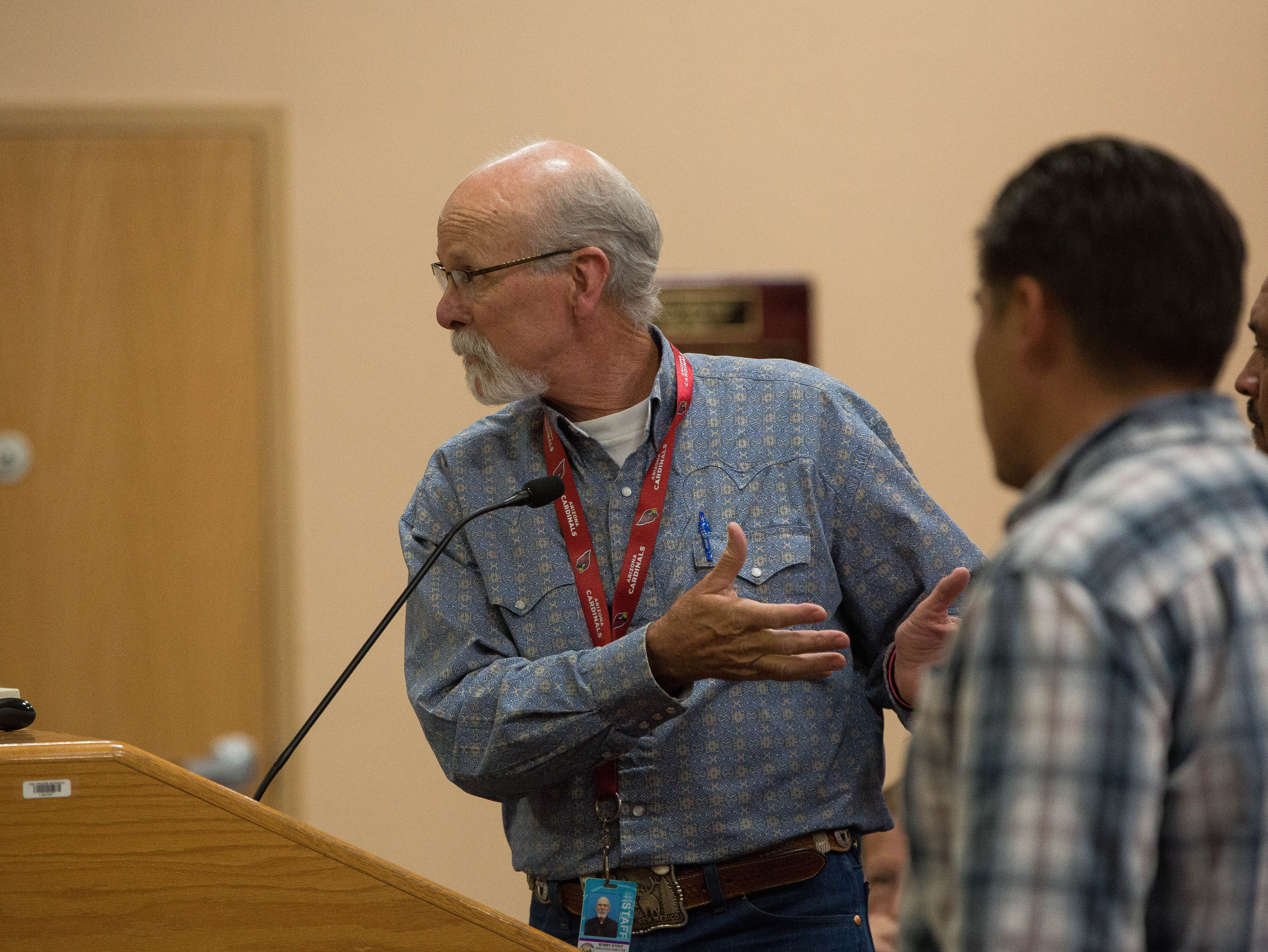 Bobby Stout, executive director of operations for the Las Cruces Public Schools, discussing the work needed and what has been done so far at Columbia Elementary School, during a presentation to the School board about the mold problem at the school. Tuesday September 18, 2018.