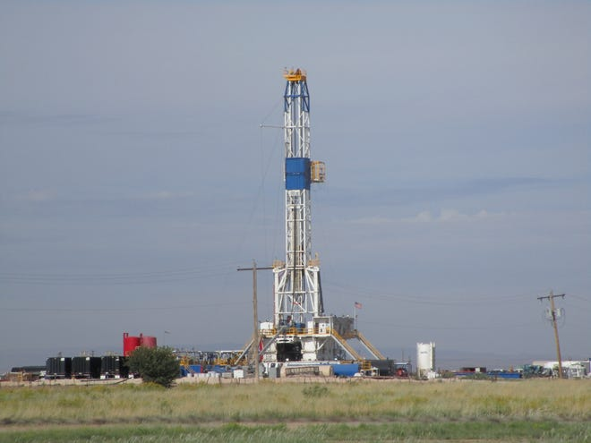 Patterson UTI drilling rig #594.